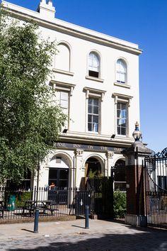 The Royal Inn on the Park, overlooking Victoria Park. #SouthernHomeOwnership #SHO #SharedOwnership #VictoriaPark #EastLondon #LondonParks #Park #LondonPubs #LondonHangouts #RoyalInnonthePark