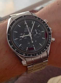 Nice Watches, Dream Watches, Watches For Men, Omega Speedmaster Moonwatch, Skeleton Watches, Vintage Rolex, Metal Bracelets, Omega Watch, Chronograph