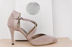 #zapatos #salon #tacones #ante #piel #estilo #look #outfit #madrid #hechosamano #madeinspain #SHOES #HANDCRAFTED #HEELS #SUEDE #ONLINESHOPPING #SHIPPINGWORLDWIDE jorgelarranaga.com