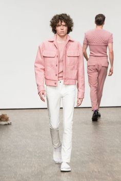 KALTBLUT Magazine - Germanys leading indie print / online magazine for Art, Fashion, Music. Stylish Mens Fashion, Love Fashion, Fashion Outfits, Fashion Design, Pastel Outfit, Pink Outfits, Man Dressing Style, Mens Clothing Styles, Streetwear Fashion