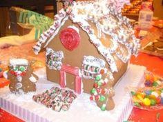 Gingerbread House: 101 | Whole Foods Market