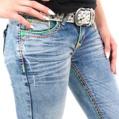 Damen Jeans mit bunten Nähten von Cipo   Baxx im Straight Fit Schnitt    Farbe  Blau da0ed331c8