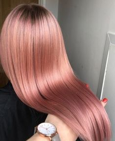 42 Trendy Rose Gold Blonde Hair Color Ideas - rose gold hair highlights, rose gold hair - Hair and Beauty eye makeup Ideas To Try - Nail Art Design Ideas Gold Hair Colors, Hair Dye Colors, Rose Gold Hair Colour, Spring Hair Colors, Gold Blonde Hair, Ash Blonde, Gray Hair, Blonde Color, Silver Hair