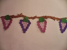 Maro's kindergarten: Purple like grapes! Fruit Crafts, K Crafts, Crafts For Kids, Craft Projects, Arts And Crafts, Children Crafts, Autumn Crafts, Summer Crafts, Infant Activities