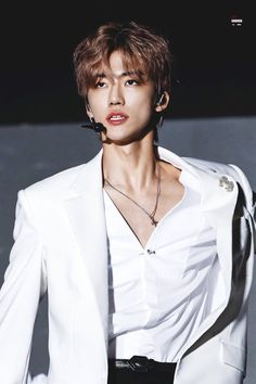 He is so fucking handsome Jisung Nct, Winwin, Taeyong, Nct 127, Nct Group, Nct Dream Jaemin, Jaehyun Nct, Na Jaemin, Sons