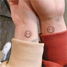 36 ink ideas for tattoo-loving couples - Tattoos - - Tattoo - Tatouage Dainty Tattoos, Mini Tattoos, Cute Tattoos, Tatoos, Pretty Tattoos, Awesome Tattoos, Finger Tattoos, Body Art Tattoos, Tattoos For Women