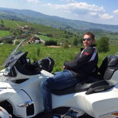 Spyder Photo Contest - www.automobilista.eu Jan Lasak - former NHL Goalie and great buddy with his CanAm Spyder RT Photo Contest, Nhl, Comebacks, Picture Video, The Incredibles, In This Moment, Pictures, Travel, Autos