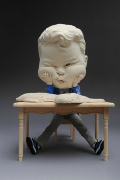 Johnson Tsang, A Job Offer, 2015. Porcelain and figure model. L36 W22 H22cm © Johnson Tsang