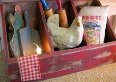 Primitive chicken coop cubby box... prim decor ideas