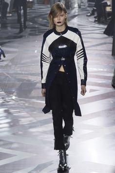 Louis Vuitton   Коллекции осень-зима 2016/2017   Париж   VOGUE