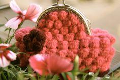 Shabby Chic Crochet Purse pattern by Crochet Brio http://crochetbrio.blogspot.co.uk/