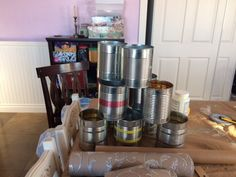 A woman saves a bunch of tin cans & everyone's copying her smart storage hack