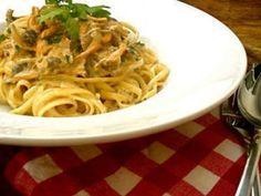 Spaghetti, sauce cremeuse aux girolles