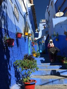 48 Hours in Chefchaouen – The Perfect Itinerary Moroccan Lighting, Beautiful Streets, Main Attraction, Breath In Breath Out, City Photography, The Other Side, Day Trip, Morocco, Traveling By Yourself