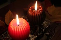Warm Your Autumn Evenings with Beeswax Candles in beautiful fall colors! Honey Candles® Fluted Spheres in Brown and Tangerine.