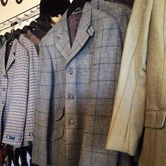 All the pretty Tweeds