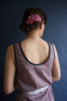 Robe PLAYA robe décolleté dos en tissu Liberty  par CharlotteAuzou, €129.00