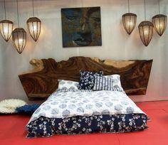 tete de lit en bois brut naturel pour la decoration de la chambre a coucher