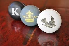 How to personalise knobs with decoupage
