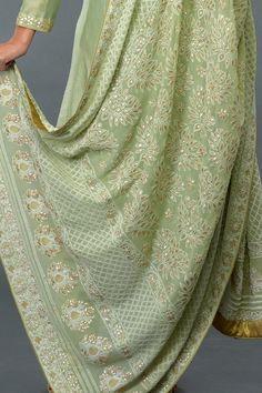A Global Luxury Design House reinterpreting Indian heritage threads for the modern, discerning consumer Designer Dress For Men, Indian Designer Wear, Designer Dresses, Lucknowi Suits, Chanderi Suits, Pakistani Dresses, Indian Dresses, Indian Outfits, Chicken Kari Suits