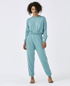 Super comfortable seamless knitted merino trousers to wear all year round. Best with matching jumper. Made in Spain. Trousers Women, Ankle Length, Merino Wool, Jumper, How To Make, How To Wear, Jumpsuit, Pure Products, Spain