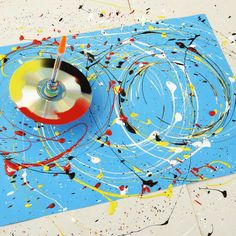 Art 499758889901782757 - Family how-to: make a paint-splattering spinning top – stuck for something to do? Learn how to make a spinning top that will spin and spin, splattering paint to create multiple masterpieces. Source by elantkowski Bubble Painting, Bubble Art, Balloon Painting, Painting Abstract, Abstract Art For Kids, Steam Art, Splatter Art, Splatter Paint Canvas, Messy Art