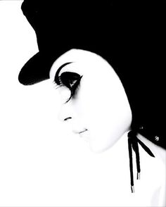 Jessica Stam, Vogue 11/06, 'Clockwork Orange'