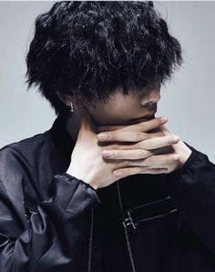 Boy Face, Japanese Boy, Male Hands, Pop Singers, Ulzzang, Idol, Celebs, Photoshoot, Concert