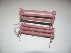 lovely pink bank/Tansu Kökçü