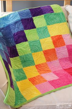 Handmade in the Heartland: Cuddle Fabric Quilt @angelareneemuir Features Cuddle Cakes Very Vibrant Solids http://www.shannonfabrics.com/cuddle-cakes-very-vibrant-solid-p-6577.html --with backing in Cuddle 3® Dark Lime http://www.shannonfabrics.com/cuddle-3%C3%82%C2%AEbrdark-lime-p-926.html #GreatCuddleCakeChallenge #CuddleCakes #Cuddle #Cuddle3 @fairfieldworld
