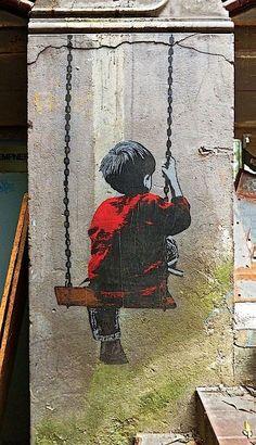 Alias Hamburg | Child on swing