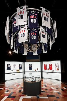 Basketball Hall Of Fame on Behance Museum Exhibition Design, Design Museum, Indoor Gym, Retail Interior, Merchandising Displays, Experiential, Retail Design, Event Design, Behance