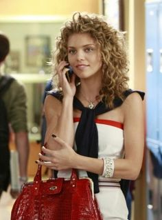 Naomi Clark--AnnaLynne McCord--90210