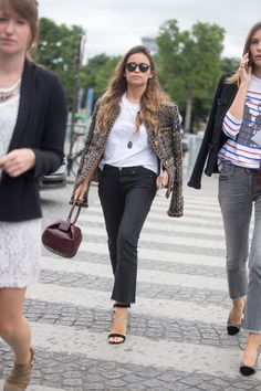 Never underestimate a white t-shirt and a great pair of heels. #classy #tweed #blazer