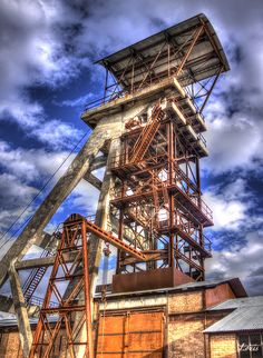 Photo HDR - Maison du mineur à la Grand-Combe dans le Gard