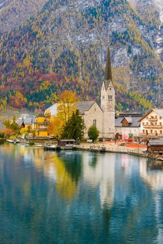 Hallstatt - Austria looks so beautiful in every season and here we have Autumn. Places To Travel, Places To See, Places Around The World, Around The Worlds, Beautiful World, Beautiful Places, Destinations, Austria Travel, Autumn Scenery