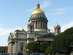 St. Isaac's Cathedral in St. Petersburg is a stunning masterpiece of art and light