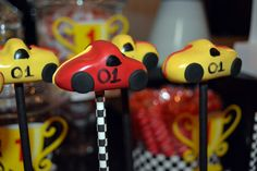 cupcakes wedding cakes 1000 ideas about cars cake pops on car 13148