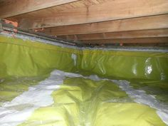 insulate a crawl space with green carpet