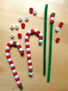 Beads and pipe cleaner candy cane