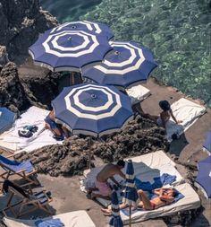 Oia Greece, Italian Life, European Summer, Old Money, Deep Blue Sea, Southern Italy, Summer Feeling, Summer Picnic, Summer Sun