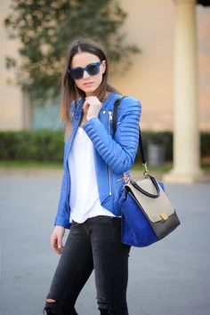Women's Blue Leather Biker Jacket, White Crew-neck T-shirt, Charcoal Ripped Skinny Jeans, Blue Suede Satchel Bag Pepe Jeans, Leather Jacket Outfits, Winter Stil, Mode Chic, Vogue, Lookbook, Ripped Skinny Jeans, Fashion Outfits, Womens Fashion