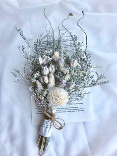 Little Flowers, Fresh Flowers, Dried Flowers, Beautiful Flowers, Prom Bouquet, Wedding Bouquets, Wedding Flowers, Dried Flower Bouquet, Lavender Bouquet