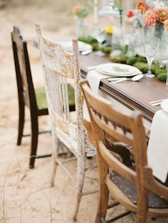 Vintage, shabby chic reception chairs | Brandi Smyth Photography for @Smitten Magazine | see more on: http://burnettsboards.com/2014/04/field-dreams-editorial-smitten-magazine/