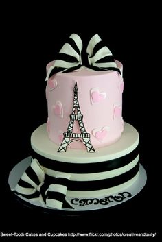 Paris Cake Pink White Black