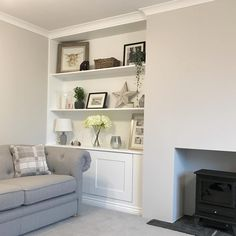 Living Room – Home Decor Designs Cottage Living Rooms, Living Room Shelves, Living Room Grey, Home Living Room, Interior Design Living Room, Living Room Designs, Alcove Shelving, Alcove Cupboards, Sitting Room Decor