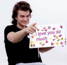 Top 30 Funny Images and Quotes That Will Surely Makes You Laugh So Hard Until You Cry Dankest Memes, Funny Memes, Heart Meme, Joe Keery, Cute Love Memes, Wholesome Memes, Meme Faces, Mood Pics, Love You So Much