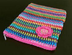 Capa para tablet. by ColoridoEcletico - por Cristina Vasconcellos, via Flickr