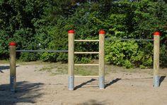 Klettergerüst Metall Spielplatz : Die besten bilder von Öffentlicher spielplatz spielgeräte din