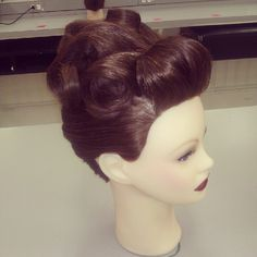 vintage updo, this is the bridal hair I was looking for!